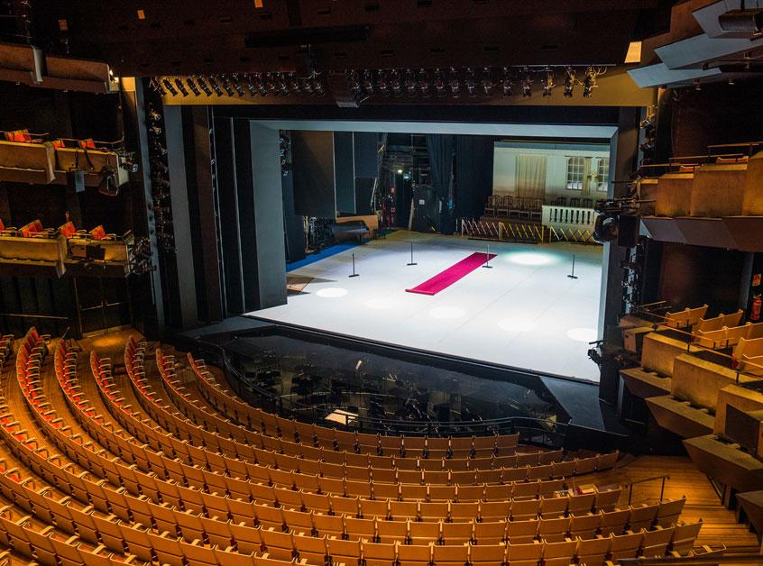 Sydney-Opera-House-theatre